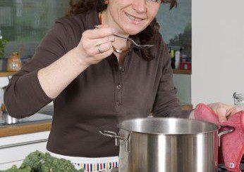 Как да приготвим пилешка супа срещу  настинка