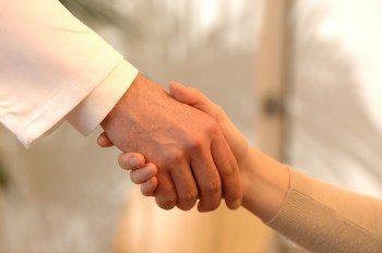 """Безплатни консултации за онкоболни в """"Токуда"""""""