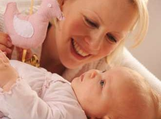 Над 700 бактерии в майчиното мляко, полезни са
