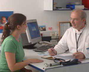 Лекарите недоволни от ниски  заплати и липсата на реформи