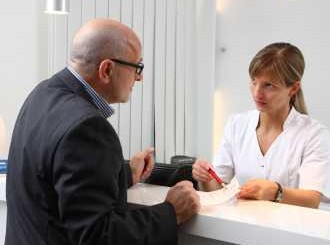 Безплатни прегледи на екземи в шест болници
