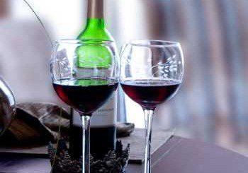 Чашка-две алкохол изострят ума
