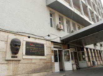 """В """"Пирогов"""" се борят за живота на трима кукери, изгорени от факла"""