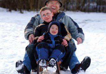Обясниха защо студените крака причиняват хрема