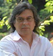 Рак на белия дроб покоси  Александър Авджиев