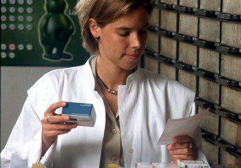 Пет аптеки у нас искат да продават онлайн