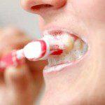 почистване на зъбите плака
