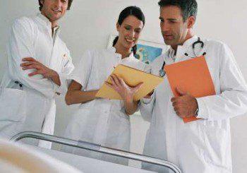 Всеки пети лекар у нас иска да бяга в чужбина