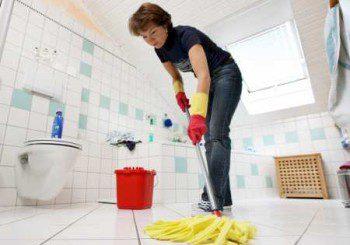 Мъжете са по-щастливи, ако помагат вкъщи