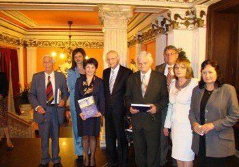 Проф. Черноземски със златен медал за принос в онкологията