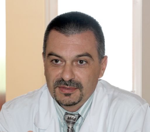 проф. Емил Паскалев
