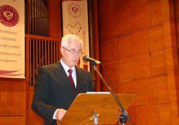 Министър към бъдещи лекари: Чакат ви изпитания