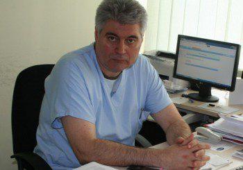 Д-р Велев: Оперирах 13-годишна с огромна киста на яйчника
