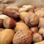 ядки орехи лешници бадеми
