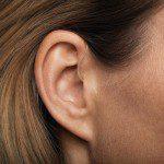 ухо отит болки в ухото