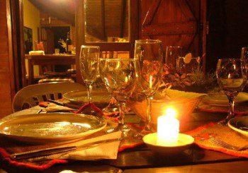 Вечерята на свещи е не само романтична, но и полезна за здравето
