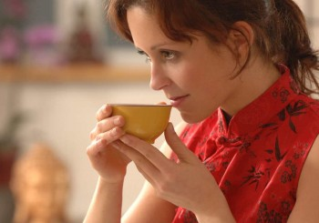 Билки и терапии при менопауза
