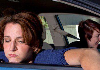 Най-добрите съвети срещу гадене и световъртеж в кола