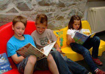 Дислексията се проявява с трудности в четенето