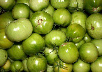 Вещества в ябълките и зелените домати пази мускулите