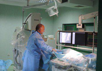 """Рядка операция спасява от рак: Уморяват """"от глад"""" тумора"""