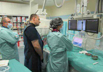 В Александровска лекуват по модерен начин запушени артерии на долните крайници