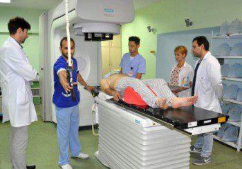 """В болница """"Свети Георги"""" прилагат комбинация от лъчелечение и таргетна терапия при рак"""