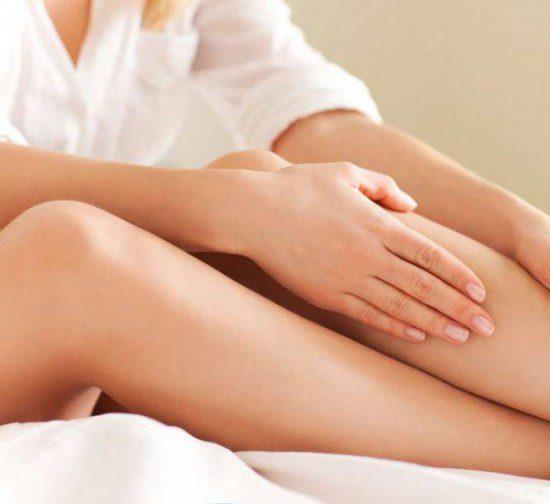 8 причини за подуването на краката – какво да правим