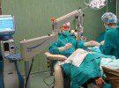 Операция с умна леща връща зрението на 100% и при старци