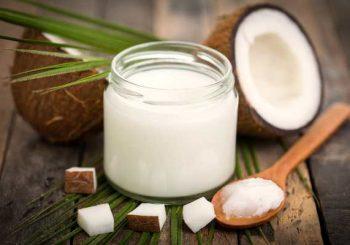 Кокосовото масло неутрализира вируси, гъбички и бактерии