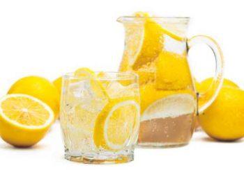 10 причини да пием вода с лимон сутрин
