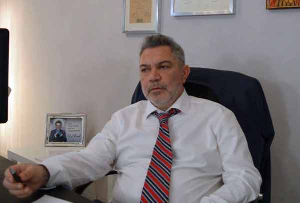 д-р Сотирис Габриел хемороиди