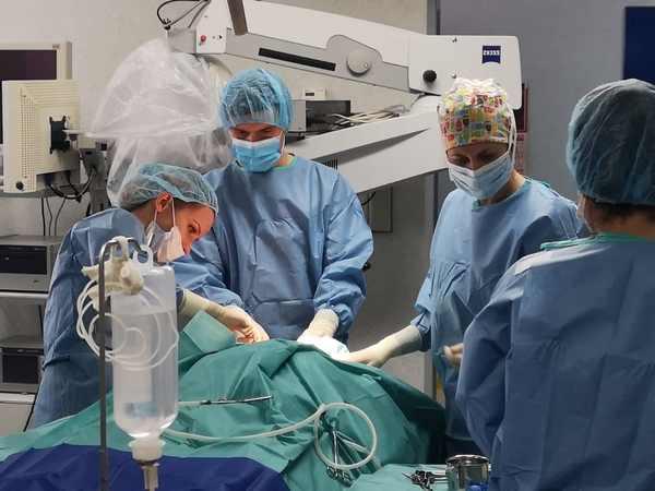 операция на ухо вма