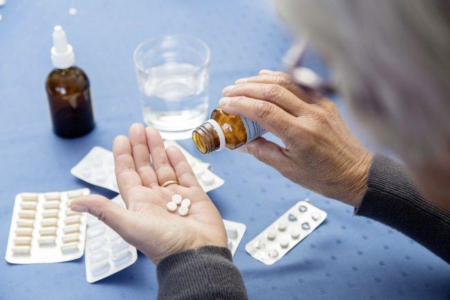 По-тежко ли се боледува от COVID-19, ако пиеш лекарства за кръвно?