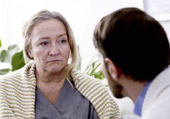 Фитоестрогени при менопауза - как действат и има ли полза от тях