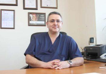 3D имплант спаси крака на мъж с болест на Бехтерев
