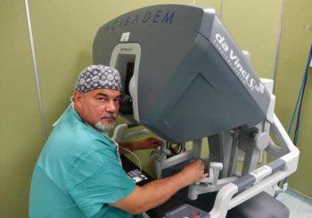 Оперират с робот вече и рак на белия дроб