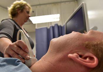 8 симптома за болести на щитовидната жлеза