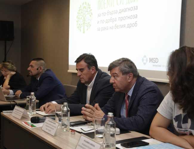 д-р Красимир Койнов и д-р Асен Дудов за рака на белия дроб