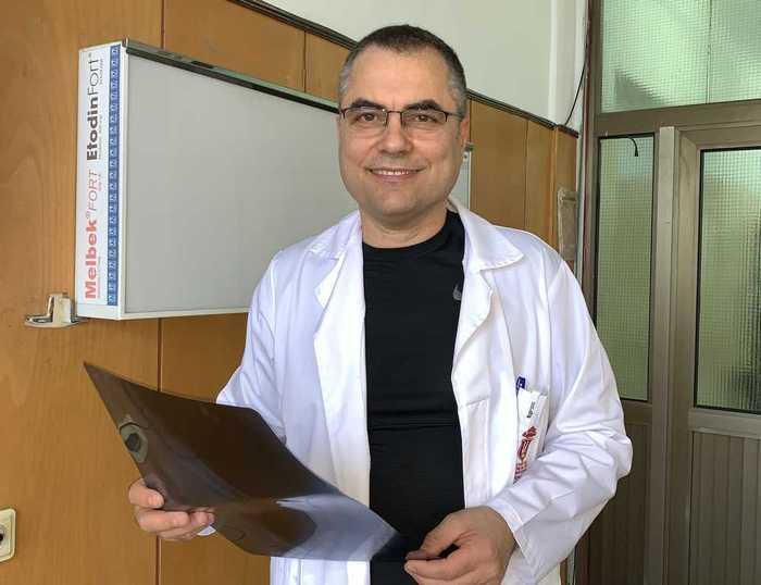 проф. Пламен Кинов добър ортопед София