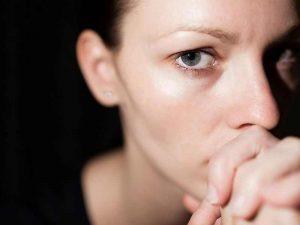 депресия мрачно настроение