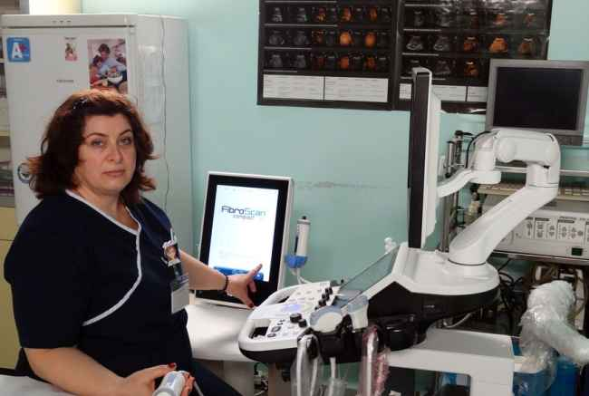 д-р Елена Топалова